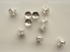 CH.2021- 10 stuks metalen spacers kralen 7x5mm zilverkleur