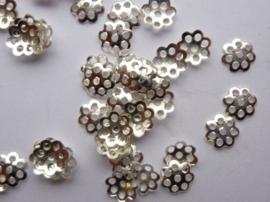 6mm kralenkapjes 20 stuks zilverkleur - SUPERLAGE PRIJS!- CN.109.20
