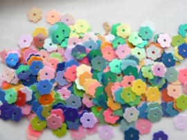 118372/701- 10gram paillettenmix bloemen van 8mm