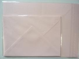 008206- 3 x A4 formaat kaarten gerild + 3 x enveloppen A5 formaat l.roze OPRUIMING -50%