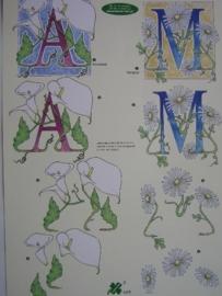 kn/518- A4 knipvel AANBIEDING klaver vier 4076 letters A + M