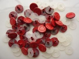 SLK210.E- 40 stuks snaps eyelets hartjes rood 6mm OPRUIMING