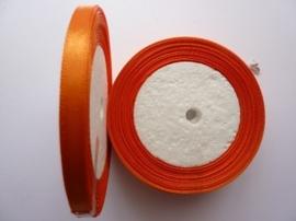 rol met 22.86 meter oranje satijnlint van 6mm breed OPRUIMING
