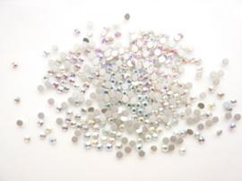 000631- ca. 200 kristalsteentjes SS6 2mm zilver - SUPERLAGE PRIJS!