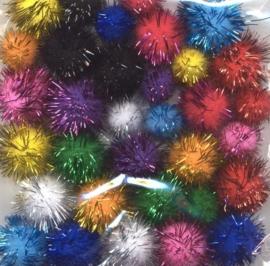 CE800600/3322- 33 stuks pompoms van 1.5 tot 2cm glitter kleurenmix