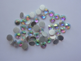 000642- ruim 50 kristalsteentjes SS30 6.4mm crystal AB - SUPERLAGE PRIJS!
