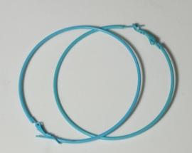1 paar Creolen oorringen van 7cm doorsnee turqoise/ lichtblauw