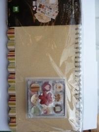 6035- scrapbook album/kit met diverse accessoires 38.5x16.5cm OPRUIMING