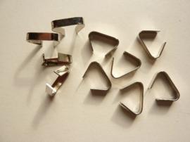 00064- 10 stuks koordbeugels van 3.5x16mm zilverkleur OPRUIMING