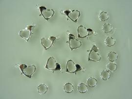 10 stuks karabijnsluitingen hartvorm 8x10mm zilverkleur