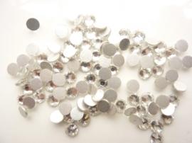 000591- ruim 100 kristalsteentjes SS20 4.7mm zilver - SUPERLAGE PRIJS!