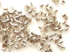 ca. 200 stuks `tube` knijpkralen van 3mm lang en 2mm breed - staalkleur