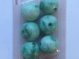 117206/0437- 6 x hoogglans kralen 18mm jude groen gemarmerd