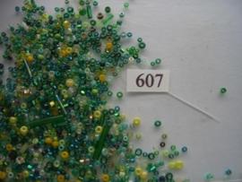 607- mix geel/groen diverse grootte 15gr