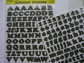 5553- K&Co 2 x A4 formaat stickervellen met letters groene takken
