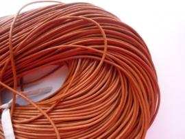 1 meter echt leren veter licht bruin van 2 mm. dik - AA kwaliteit - SUPERLAGE PRIJS!