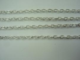 3849- 2 meter ketting jasseron 4x3mm zilverkleur met bewerkte schakels