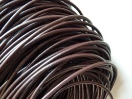 3 meter rundleren veter van 4mm dik donker bruin - super A-kwaliteit, soepel en goed geverfd