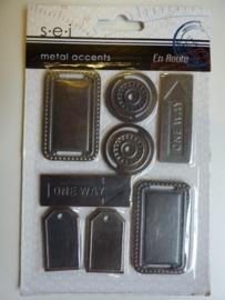 005834- S.E.I metalen labels van 4.5cm lang OPRUIMING