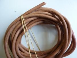 leren veters van 4 - 5.5 mm. dik