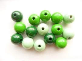 6032 460- 15 x houten kralen mix mintgroen/groen van 15mm