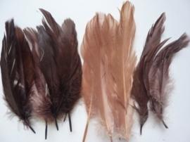 12238/3808- ca. 15 stuks ganzenveren van 12 tot 20cm lang 3 tinten bruin