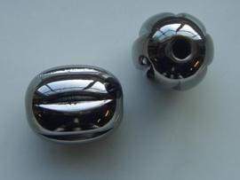 117465/3629- licht metalen kraal 24x19mm dik ovaal antraciet