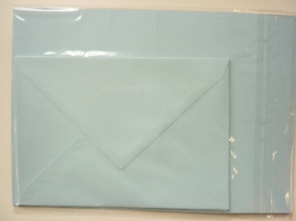008204- 3 x A4 formaat kaarten gerild + 3 x enveloppen A5 formaat l.blauw OPRUIMING -50%