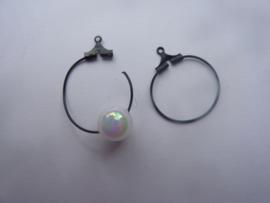 1 paar oorringen Creolen om aan oorhaakjes te hangen 2.0 cm. zwart OPRUIMING