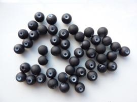563- ca. 50 stuks ronde glaskralen van 6mm mat zwart rubberrized