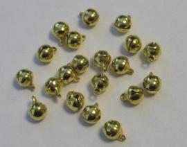 4211 - 20 stuks belletjes van 6 mm. goudkleur