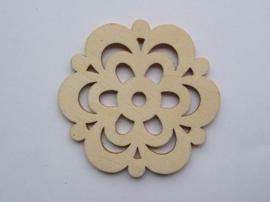 1852 2309.B- houten ornament van 2mm dik en ca. 6 tot 7cm breed