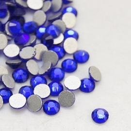 00638- 200 stuks glazen strass steentjes flatback 2mm SS6 cobalt