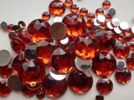 2282 120- 100 x kunststof strass stenen assortiment rond van 6 tot 18mm groot rood