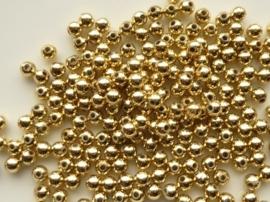 2201.C- ruim 200 stuks kunststof parels van 4mm goudkleur OPRUIMING