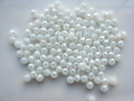3914- ca. 145 stuks geslepen glaskralen van 4x3mm wit AB - SUPERLAGE PRIJS!