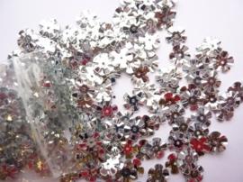 10 gram bloemetjes pailletten van 11mm zilver - SUPERLAGE PRIJS!