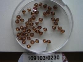 109103/0230- 50 x swarovski kralen 3mm rook topas