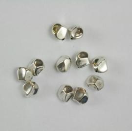 117467/0667- 12 x metalen kralen verzilverd nugged 9mm