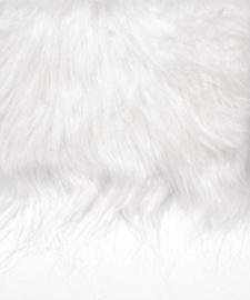 8411 000- lap van 20x35cm pluche / imitatie bont langharig wit