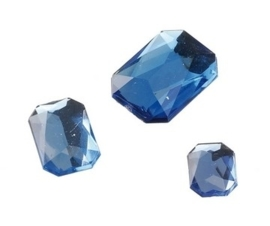 2282 451- 80 x kunststof strass stenen assortiment rechthoeken van 8/10/13mm l.blauw