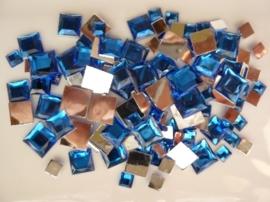 2282 055- 110 x kunststof strass stenen assortiment vierkanten van 6/10/12mm blauw