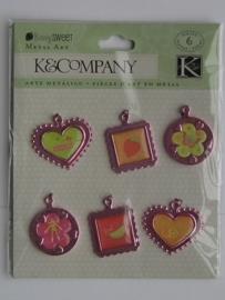 5569- K&Co metal art berry sweet diverse metalen hangers van ca.2cm