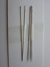 CH254.5- 5 stuks kralenrijgnaalden van 0.5mm dik en 52mm lang - SUPERLAGE PRIJS!