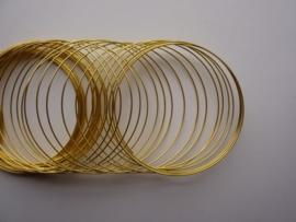 Memory Wire metaal spiraaldraad voor armbanden ca. 50 wikkels goudkleur