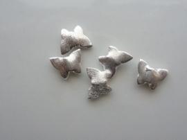 117465/3706- zwaar metalen kraal geborsteld platte vlinder 10x12mm