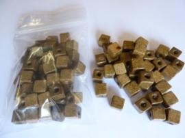 6521/500.P- 50 stuks vierkanten houten kralen van 8x8mm licht bruin - extra lage prijs!