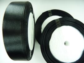 rol met 22.86 meter zwart satijnlint van 20mm breed - SUPERLAGE PRIJS!