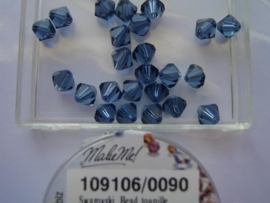 109106/0090 - 25 x swarovski 6mm montana blauw