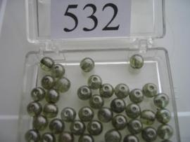 532 Ronde glaskraal 5.5 mm. mosgroen